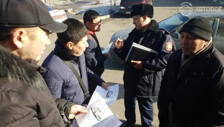 Нелегальных таксистов наказывают в Алматы