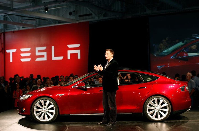 Из пандемии Tesla выходит победителем